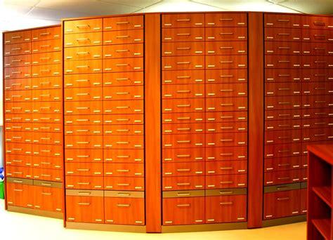 cassettiere alte cassettiere farmacie parafarmacie cassettiera trasparente