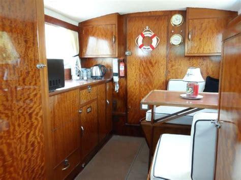 freeman   cabin cruiser ebay cabin cruiser