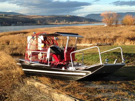 18 x 8 - Airboat Canada