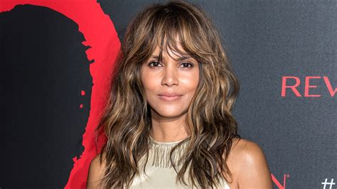 hale hairstyles halle berry s hair is a pixie cut again today