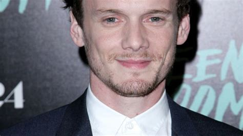 anton yelchin health condition the car manufacturer of the jeep that killed anton yelchin
