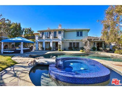 Waterfall Backyard Design Gary Sinise Lists La Mansion For 3 895m