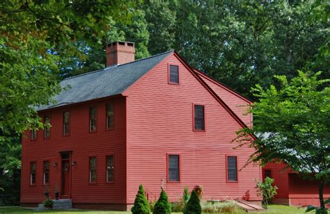 saltbox style house the saltbox colonial exterior trim and siding the
