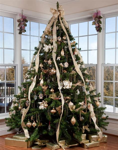 how to put vertical ribbon on christmas tree decorating a tree with ribbon slideshow