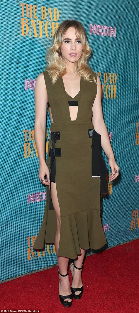 Premier Overall Set Dress By Maritza keanu reeves and suki waterhouse attend bad batch premiere daily mail