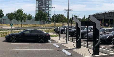 electric boat charging station porsche connects its first ultra fast 800 volt charging