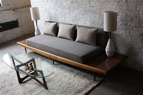 diy settee 10 super cool diy sofas and couches diy ideas