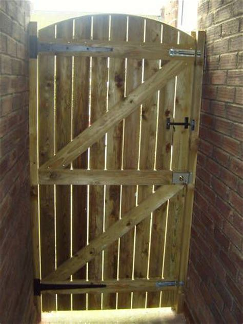 wooden backyard gates best 25 wooden garden gate ideas on pinterest garden gate old garden gates and