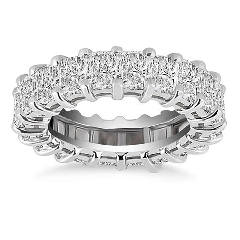 exquisite 14k white gold emerald cut eternity ring