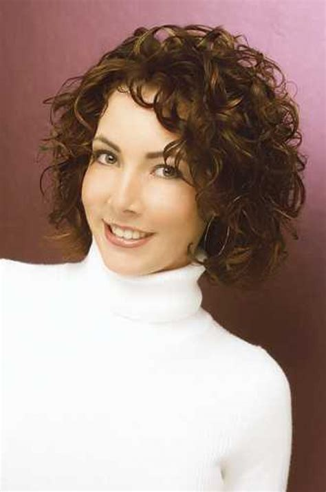 haircut hairstyles for short hair 16 short curly haircuts learn haircuts