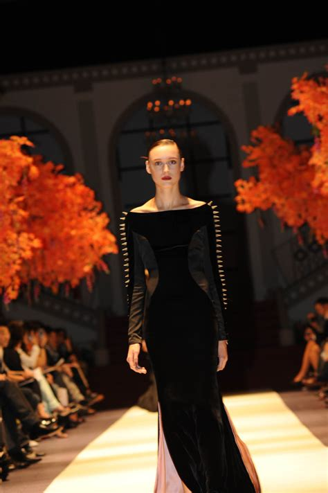 Frock Horror Of The Week Catwalk 11 by S Fashion Week Haute Couture Week Mabille