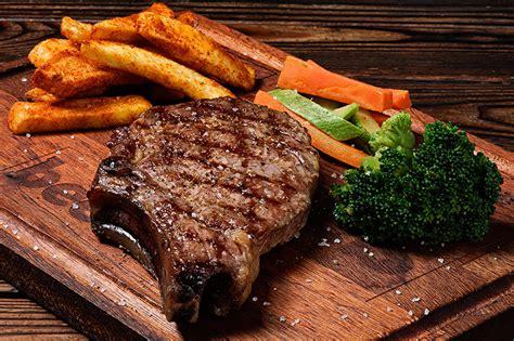 House Image by Dallas Steak Beeves Burger Lezzet Duranz Hamburger Steak