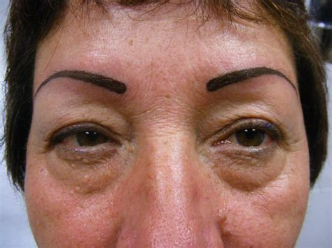 tatuajes de las cejas tatuaje de unas cejas tatuajes en la cabeza