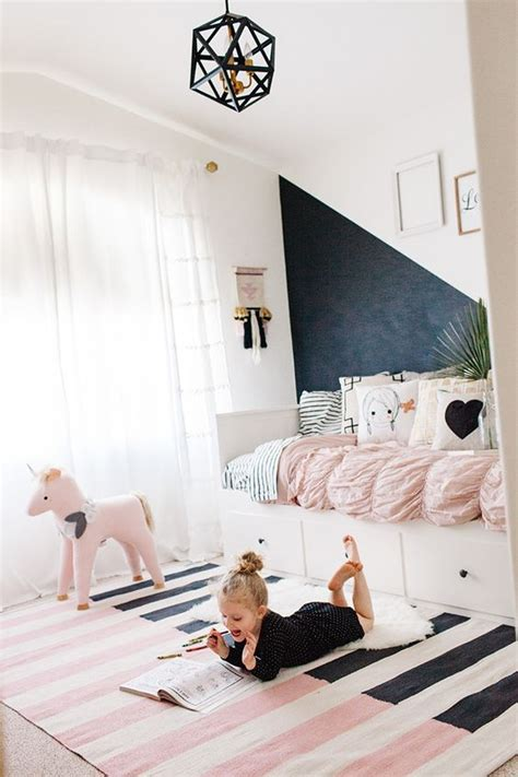 33 ideas to decorate and organize a kid s room digsdigs 33 ideas to decorate and organize a kid s room digsdigs