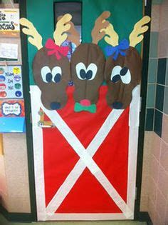 christmas decoration for 2nd grade 1000 images about door covers on bulletin boards reindeer and