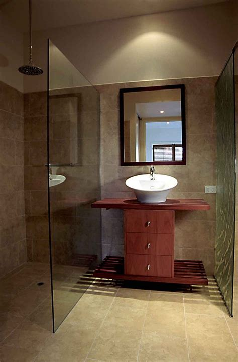 ensuite bathroom design ideas 80 best small ensuite images on bathroom half