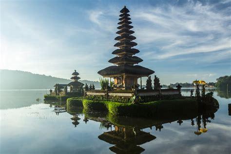 bali indonesia  crazy tourist