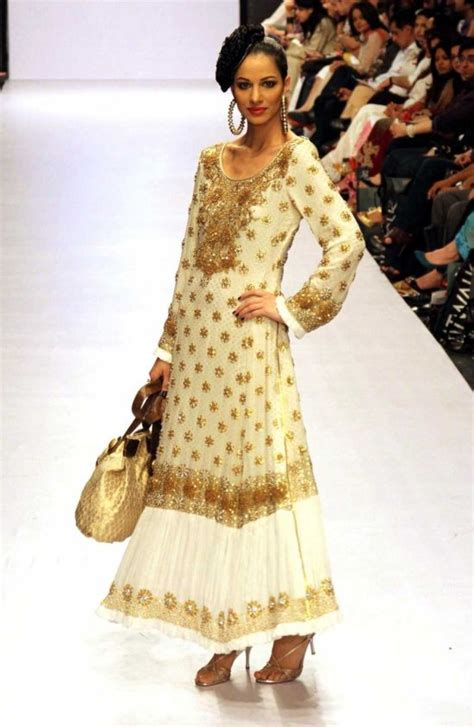 The Wardrobe Boutique Karachi by Fashion Pakistan Week 2010 Glossicious By