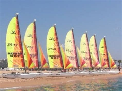 oferta catamaran barcelona curso para navegar en catamar 225 n en calella 3 horas