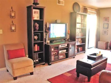 hgtv rate my space living rooms military housing living room living room designs
