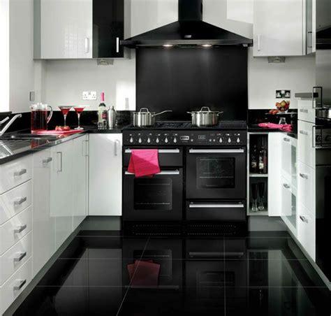 cuisine vitroc駻amique les 25 meilleures id 233 es de la cat 233 gorie piano de cuisson