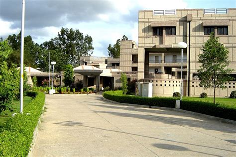 Iit R Mba by Iit Kanpur Department Of Industrial Management