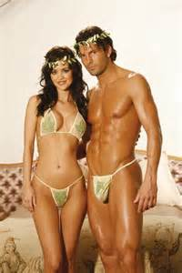 Great range of fancy dress costumes for couples made by renowned