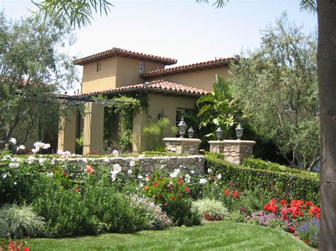 landscape ideas for mediterranean home landscaping