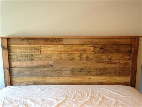 King Size Wooden Headboard by Diy King Sized Pallet Wood Headboard Pallet Furniture Diy