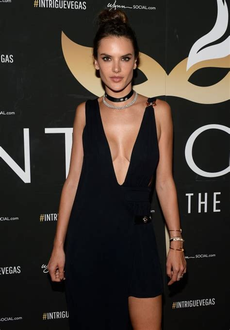 Alessandra Ambrosio Does Vegas by Alessandra Ambrosio Getaway At Intrigue Nightclub