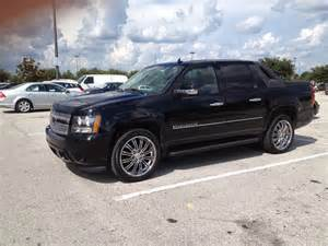 2008 chevrolet avalanche 25 000 possible trade