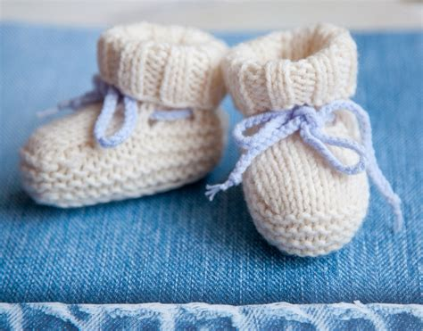 pattern video for babies lana creations baby booties ugg free knitting pattern