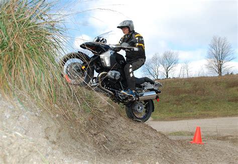 Bmw Motorrad Barrie by Bmw Horseshoe Smart Adventures