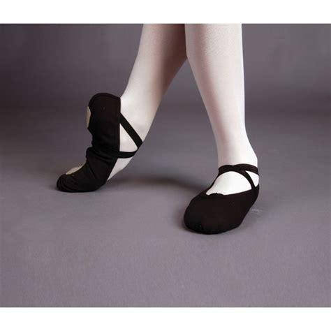 imagenes zapatos blanco y negro m 225 s de 25 ideas fant 225 sticas sobre zapatillas de ballet en