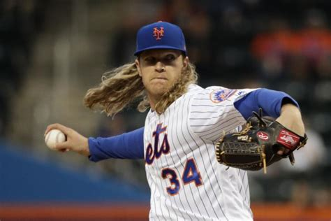 noah syndergaard modeling noah syndergaard shares video of fan flipping off the