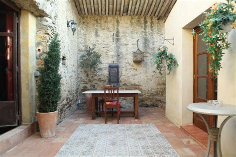 Courtyard House Designs by Luxury Rental Property In The South Of France