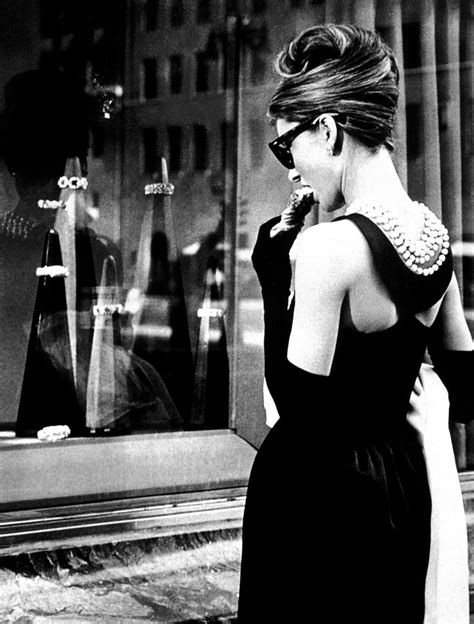 Hepburn In Breakfast At Tiffanys by Breakfast At S Or The Story Of The Gold Digger