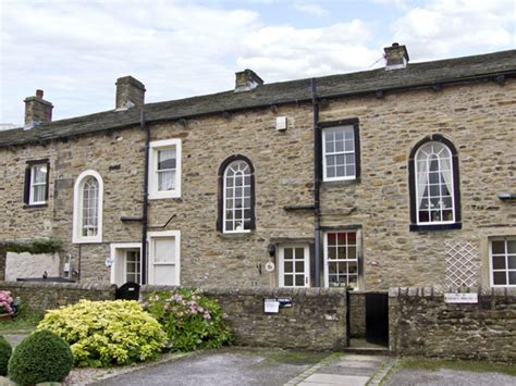 Town Cottage Skipton Yorkshire Dales Self Catering Cottage In