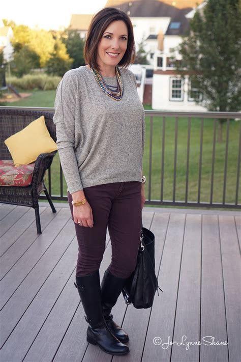 fall outfits women over 40 how to wear a statement necklace with a casual outfit