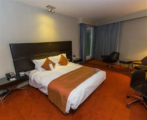 park plaza westminster bridge 2 bedroom suite london hotels park plaza westminster bridge london reviews