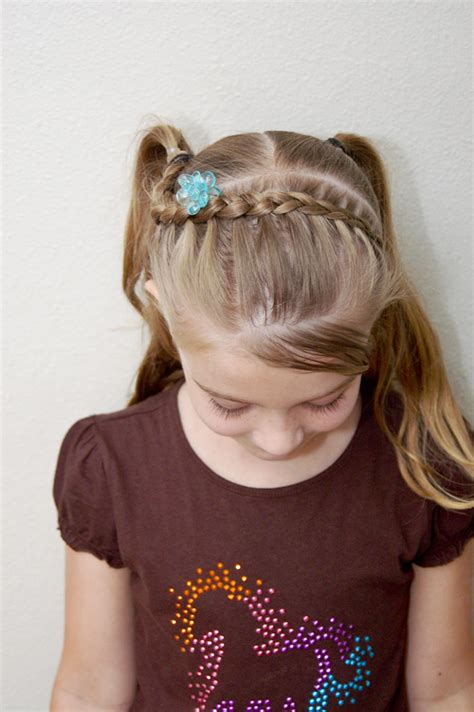 cute hairstyles for kindergarten tress it up girls hairstyles first day of kindergarten hair