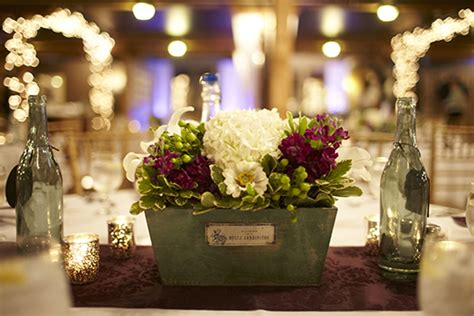 Centerpiece Giveaway - save on wedding flowers week 2 of 7 weddings on a budget series
