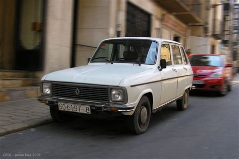 file renault 6 front jpg wikimedia commons