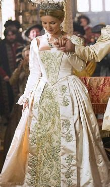 1000 ideas about tudor dress on pinterest