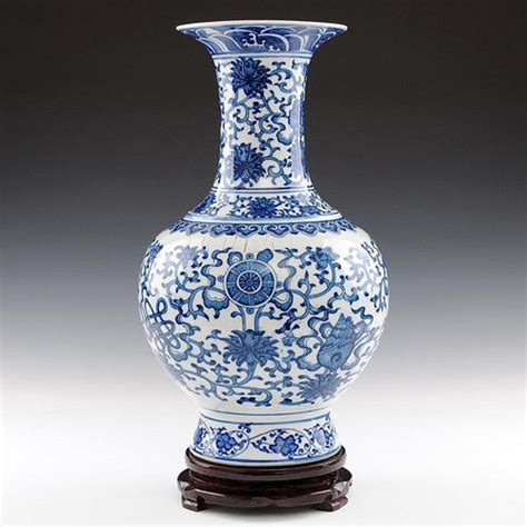Blue And White Porcelain Vase by Asia Antique Blue And White Porcelain Vase Flickr