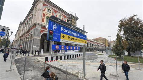 parcheggio porta nuova torino inaugurato a porta nuova il parcheggio sotterraneo da 250