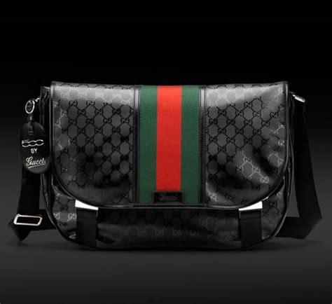 Tas Fashion Gucci Clutch Foldover Flap Gg Slingbag Supe Berkualitas 500 by gucci s medium messenger bag s bags