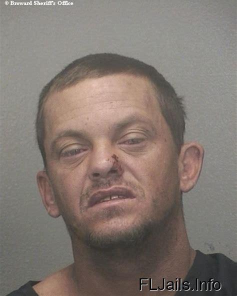 Travis Warrant Search Travis Messer Arrest Mugshot Broward Florida 11 09 2010