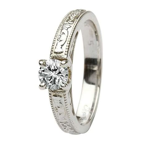 claddagh celtic solitaire 14k white gold