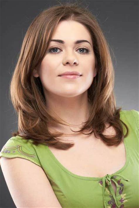 modern medium hairstyles for thick 25 modern medium length haircuts with bangs layers for